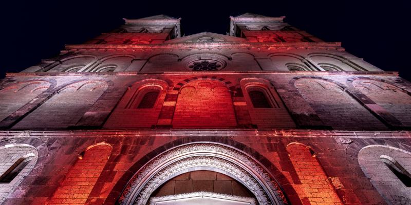 Renowned German Light Artist Illuminates the Andernach Basilica
