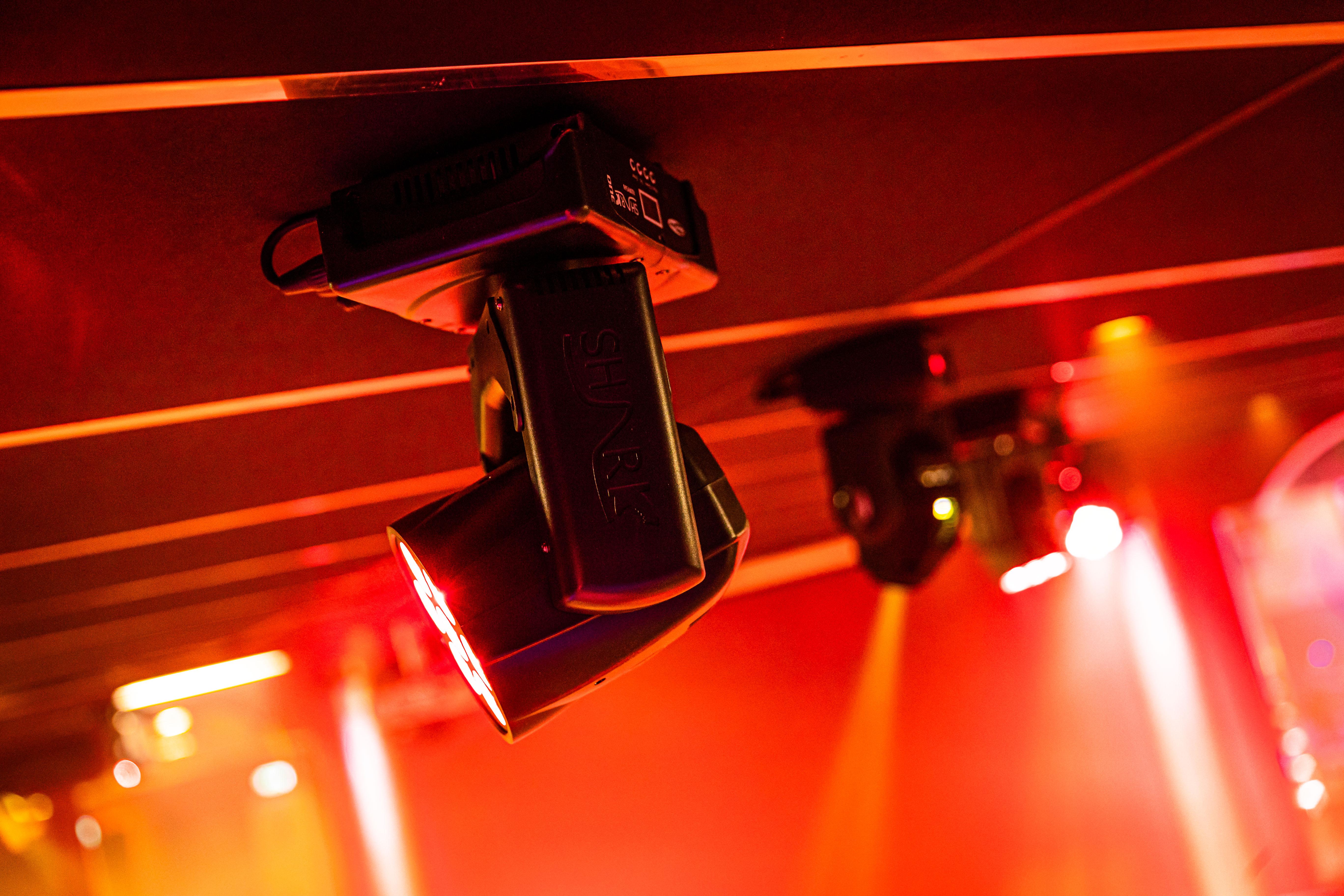 Showtec Beleuchtungslösungen für Tanzschule