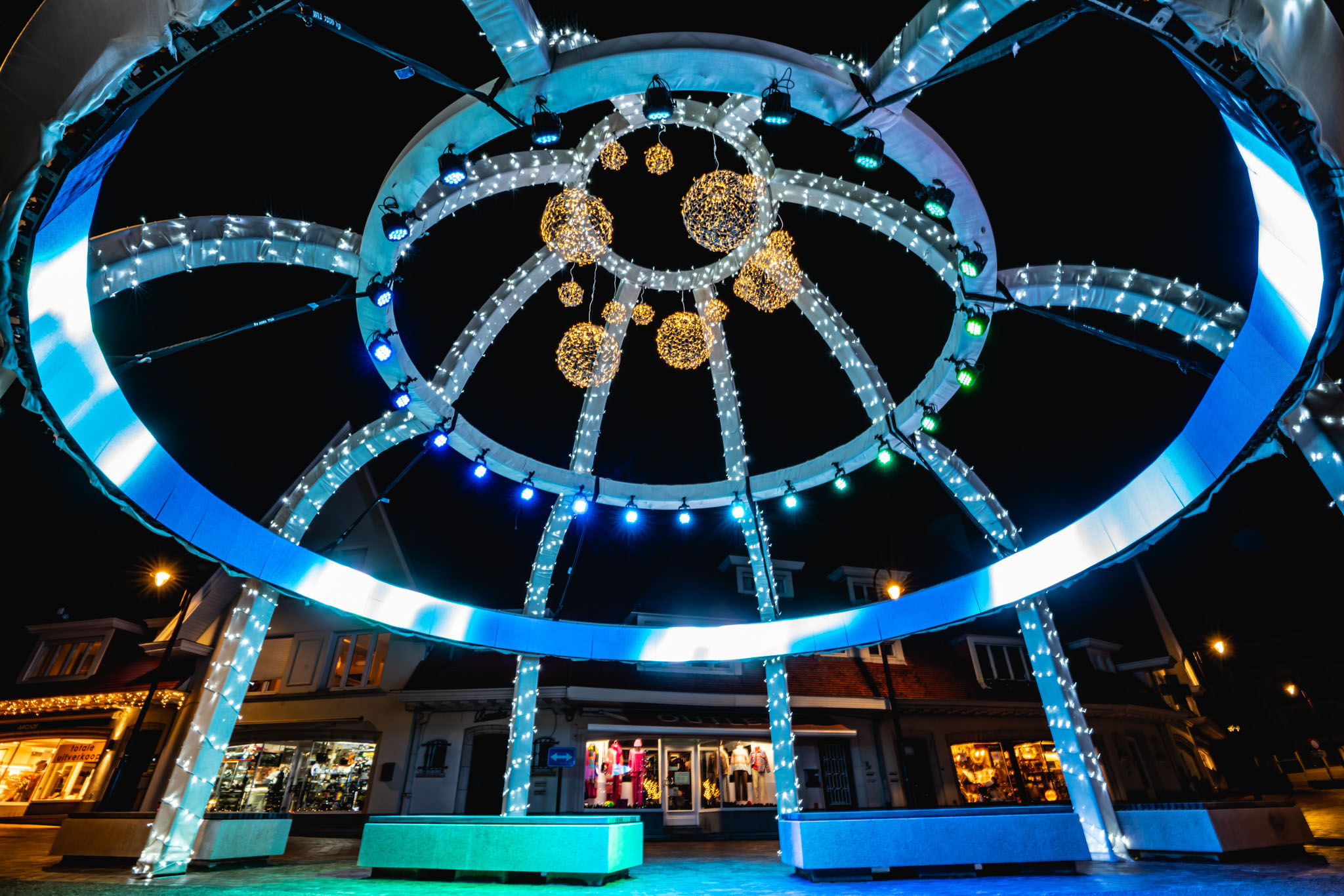 Winterlicht: a Light Experience during the Christmas Period